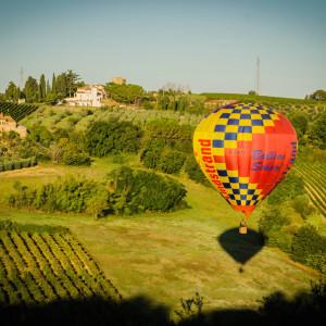 Balloon flights over the chianti